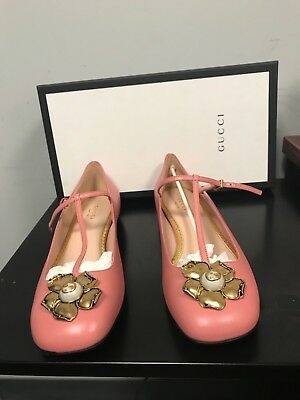 b5ed779d5c5e4f New Women Pink Gucci Flats-Size 39+ (9.5) With Gold Metal Flower