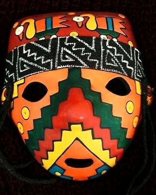 mask with pre-Inca design of the  Chachapoyas  culture  for  funeral  ceremonies