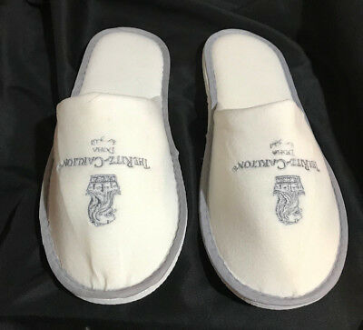 The Ritz Carlton Doha Slippers White Slip On Foam One Size Fits All - Rare!
