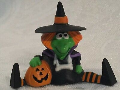 "Vintage Hallmark Merry Miniatures Halloween Witch Jack O Lantern 1"" Figure Decor"