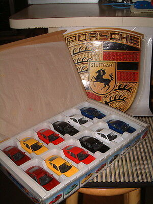 Welly Nos Porsche 911 Carrera Coupe (996) Retail Display Box Full 1:36-38 Scale.