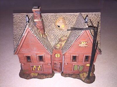 Department 56 Heritage & New England Village Series Salem Willows Corwin House