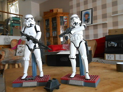"""Hottoys / Sideshow  Star Wars 1/6  """" Stormtroopers """"    Topzustand Mit Shipper"""