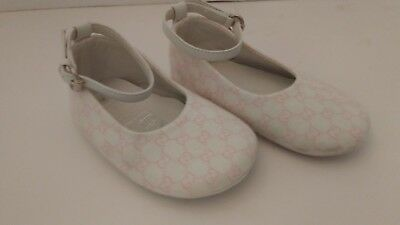 Gucci baby girl shoes size 19 pink white cloth