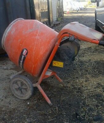 BELLE 150 CEMENT MIXER 240v
