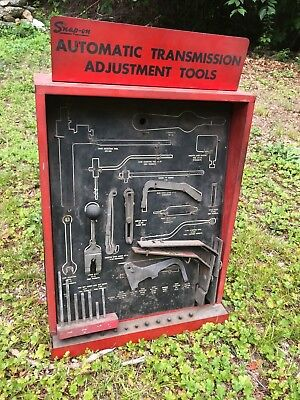 1950s SNAP-ON TOOLS METAL CABINET VINTAGE GAS STATION AUTO TRANSMISSION SIGN OLD