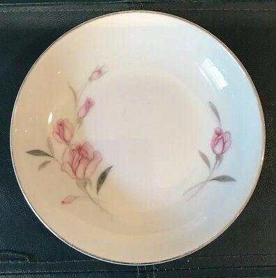 "5.5"" Dessert Bowl. Crest Wood China 1074. American Beauty. Japan."