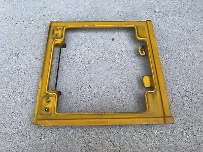 Crouse Hinds 4 Way and Beacon Body TL 1001 Traffic Signal Stop Light DAMAGED