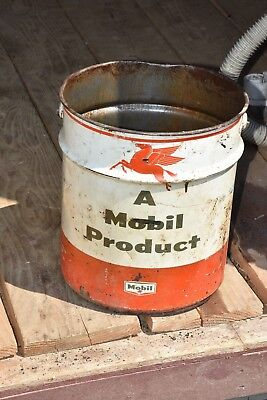 Flying Horse Vintage 5 Gallon Mobil Oil Drum Metal Grease Bucket Gear Lubricant