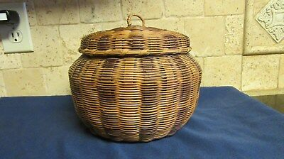 Vintage Woven Sewing Storage Basket with Lid