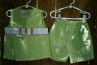 Silly Goose Girl's Green Gingham Shorts Set w/ Smocked Frogs Size 6 EUC