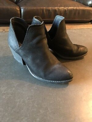 9b152f78bb3 STEVE MADDEN ADELPHIE Women's Size 7 Black Leather Cut Out Bootie Rare