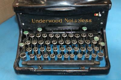 Underwood Noiseless Elliot Fisher Typewriter SERIAL # 3901363 No Case