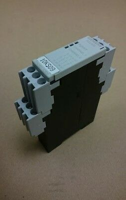 Siemens 3TK28211CB30 24Vac/dc Safety Relay Single Channel with 3 Safety Contacts