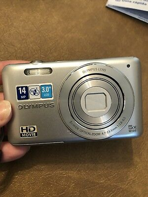 Olympus V Series VG-120 14.0MP Digital Camera - Silver