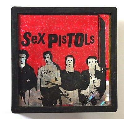 SEX PISTOLS Old VTG 1970`s Holographic/Glittered Square Plastic Pin Badge PUNK