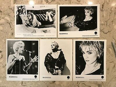 MADONNA - Vintage 80's 8x10 Black & White GLOSSY Photo Picture Images