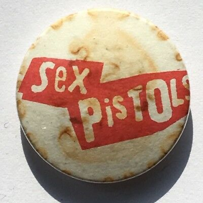 SEX PISTOLS Red Logo Old Vintage 70/80`s Button Pin Badge 25mm Punk Rock