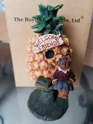 Boyds Bears Collection ~ Dolly ... Welcome Friends ~ Mini Birdhouse
