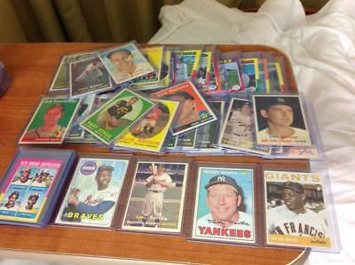 $$$Vintage Lot Of 10,000 Sport Cards Collection Lot With Stars, Rookies, Etc$$$