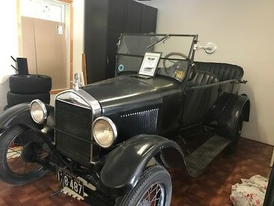 1926 Ford Model T Cabriolet 1926 Ford Model T (92 years young!)