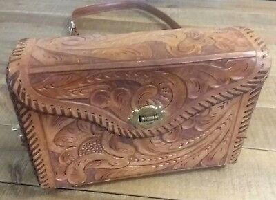 Vintage Hand-Tooled Floral Leather Purse.
