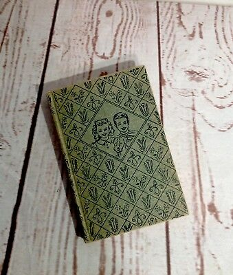 The Bobbsey Twins At The Ice Carnival 1941 Book #34 By Laura Lee Hope Hardback
