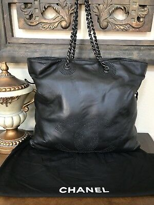 e284ac21f6bf Vintage Chanel Lambskin Handbag Large CC Tote in Black 100% Authentic