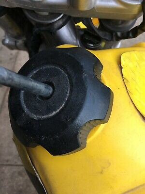 Wrecking Suzuki Drz 400 E This Listing Is For The Fuel / Petrol Cap