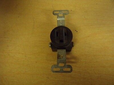NEW Sierra 15A 125V Single Electrical Outlet    *FREE SHIPPING*