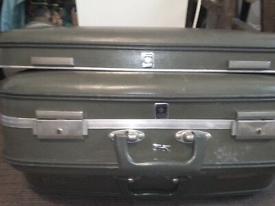 2 Vintage 1950s CROWN suitcases. 1 Large, 1 Small.  Mid Century.  Good Condition