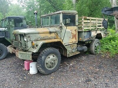 Military Bobbed Deuce and a Half Multifuel Turbo Diesel 2.5 Military Vehicle