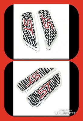 A Pair of new Ford Focus ST225 TDCI Wing Badges Aluminium Red logo Brand New