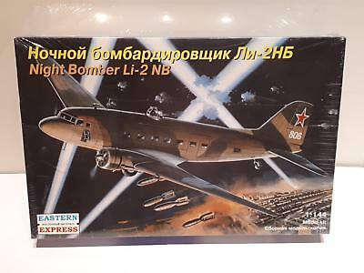 Eastern Express 14433 Lissunow Li-2 NB Night Bomber Transport Aircraft 1:144 WK2