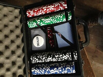 Chrysler 5 Star Poker Chip Set In Case