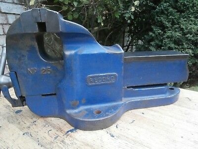 RECORD No 25 vice, Good Original Condition, Nearly New Jaws,  Can POST,