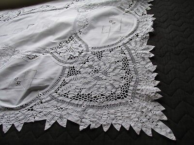 Beautiful Vintage Princess Lace Tablecloth
