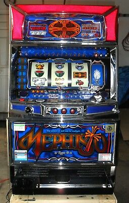 Pachislo Mephisto Slot Machine / 200 Tokens / 297 Pg Manual