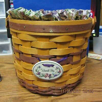 1996  LONGABERGER MAY SERIES SWEET PEA BASKET with plastic protector and liner