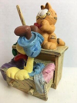 Vintage GARFIELD FIGURINE | HERE'S LOOKING AT ME | Danbury Mint 1993 | Jim Davis
