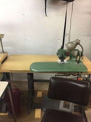 U.S. Blind Stitcher 718-9 with table
