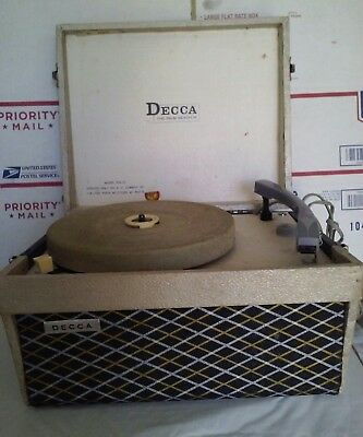 Vintage Decca Record Player.. Plays 78-45-33-16 Records.. 1960'S