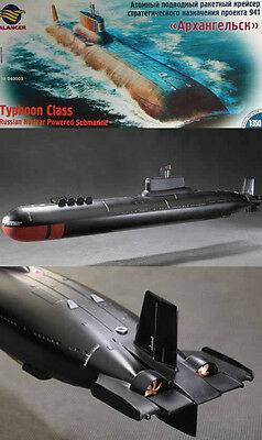 1/350 RUSSIAN TYPHOON Class Submarine parts set ( parts only