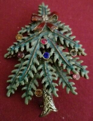 Nice Avon 2004 1St Annual Xmas Tree  With Multi Colored Rhinestones Pin Brooch