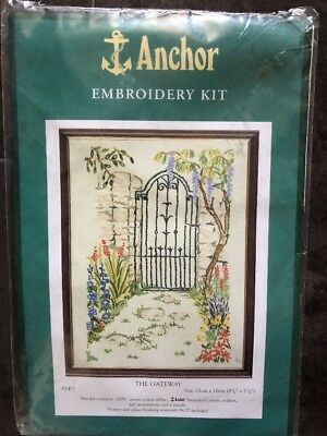 Anchor Embroidery Kit - The Gateway