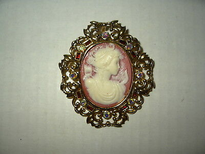 Pretty Large Vintage Goldtone Red & AB Crystal Oval Cameo Brooch Pin Pendant
