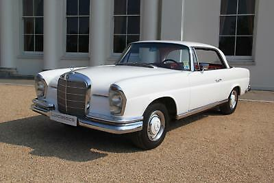 Mercedes-Benz 250SE W111 Coupe