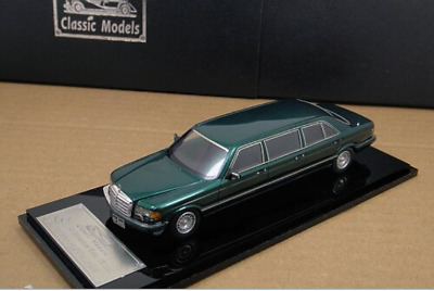 1/43 Mercedes-Benz W126 Series 500SEL 6-door Stretch Limousine 1985 (Green)