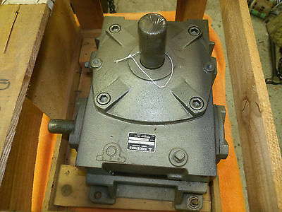 MAKISHINKO 15:1 Ratio Worm Gear Speed Reducer AKP 100LU 15 mfg 980406 gearbox