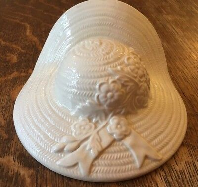 Vintage Straw Hat Wall Pocket -White Glossy
